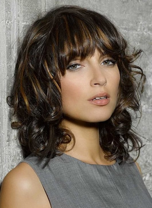 Best-Medium-Length-Hairstyles-for-Summer-2014
